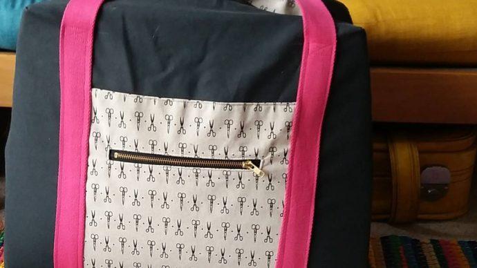 Tasche zum Transport der Nähmaschine von Tine Sews